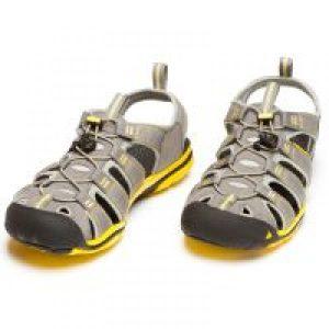 sandały zabudowane