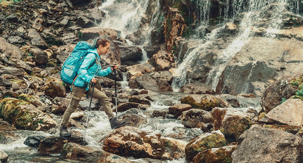 jak dobrać kije trekkingowe