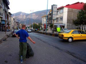Łapanie autostopa w Iranie