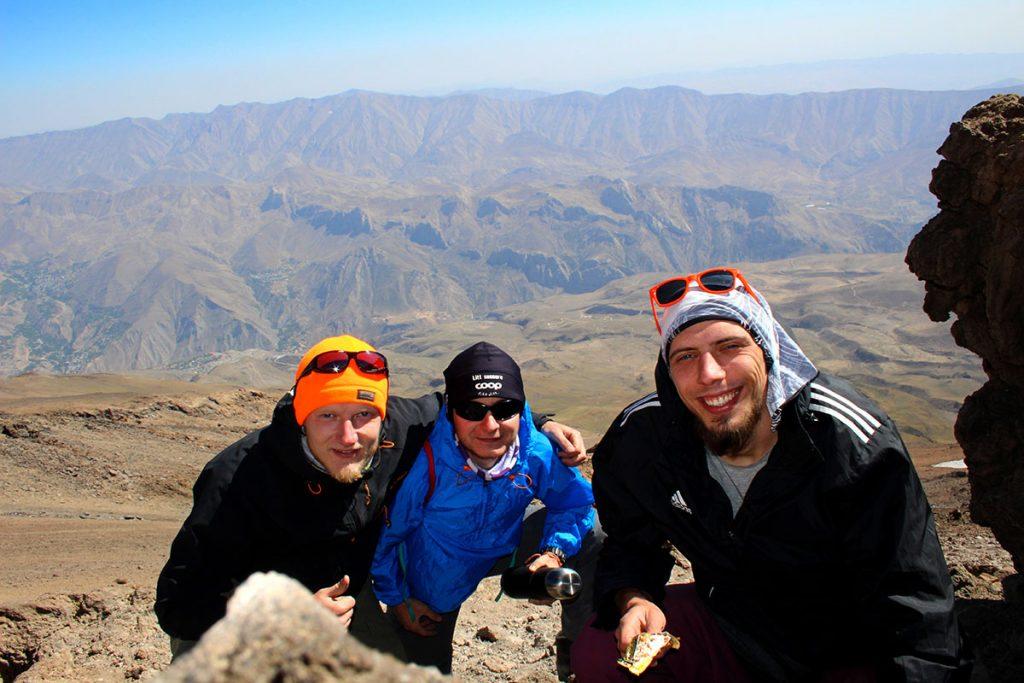 Spacer aklimatyzacyjny w stronę Damawand