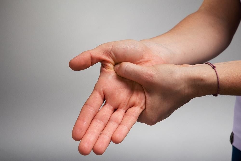 automasaż dłoni