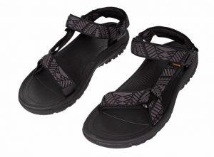 teva sandały
