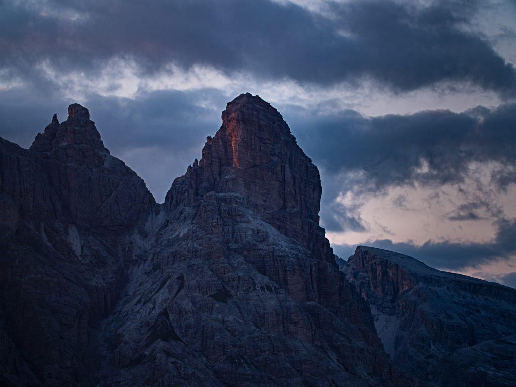 "Alpine Wall Tour - ""Premiere"""