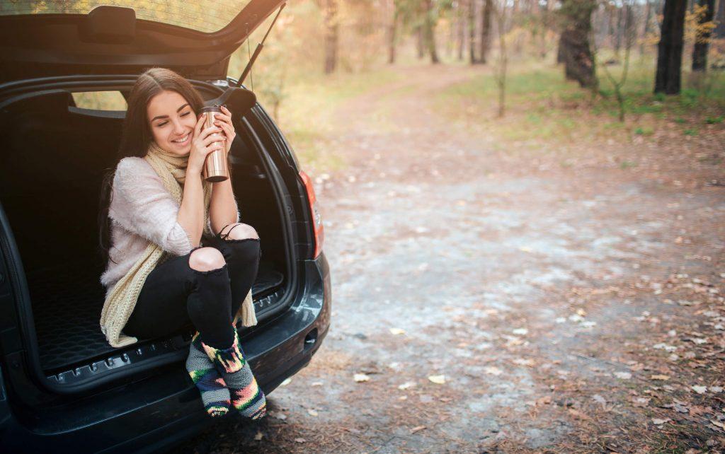 Kubek termiczny do samochodu