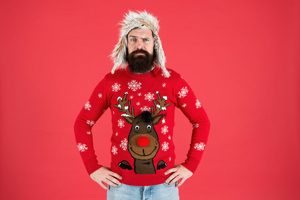 sweter z reniferem