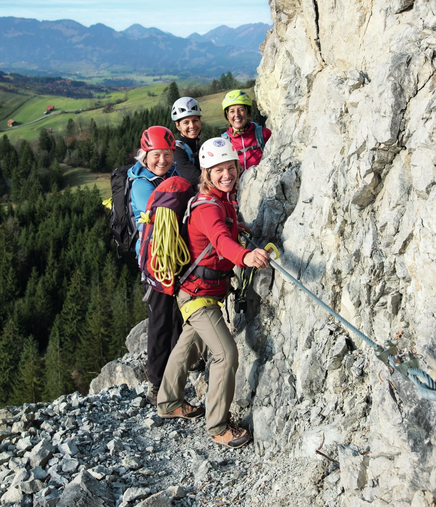 Deuter kobiety w górach