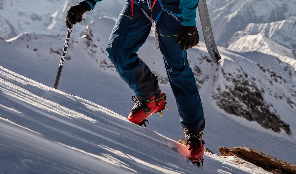 buty skiturowe raki automatyczne