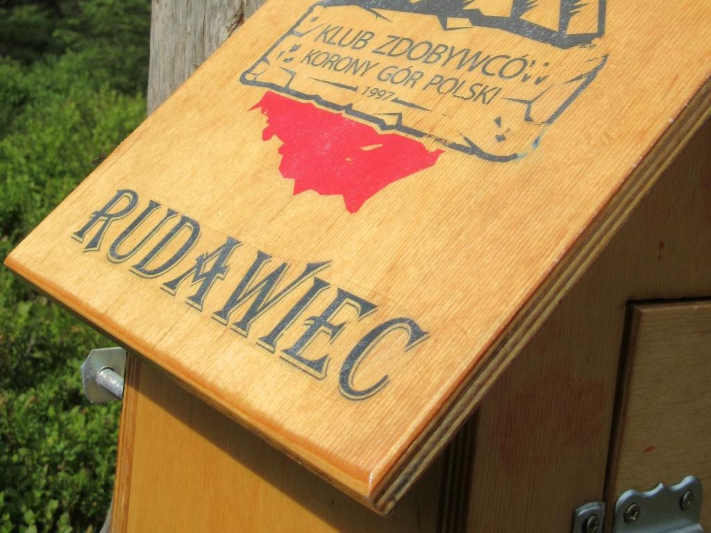 Rudawiec - skrzynką z pieczątką Klubu Zdobywców Korony Gór Polski