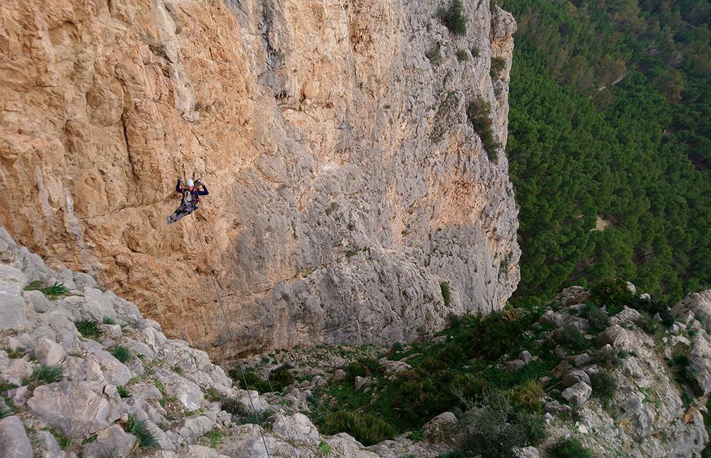 przeprawa tyrolką przez ferratę el Chorro