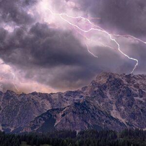 Burza w górach