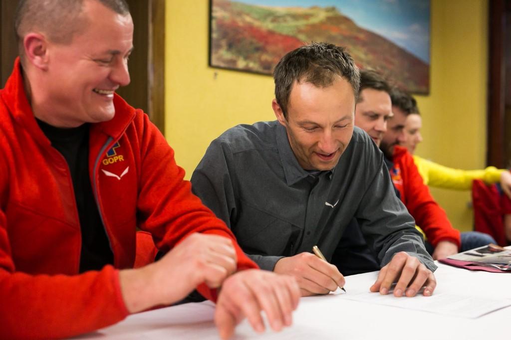 podpisane umowy salewa gopr