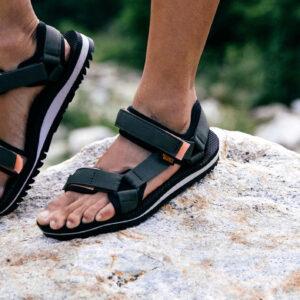Sandały turystyczne damskie